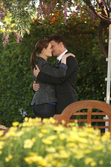 Bones Season 8 Finale The Secret In The Siege 13