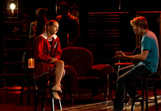 Glee Season 4 Episode 18 Shooting Star 01