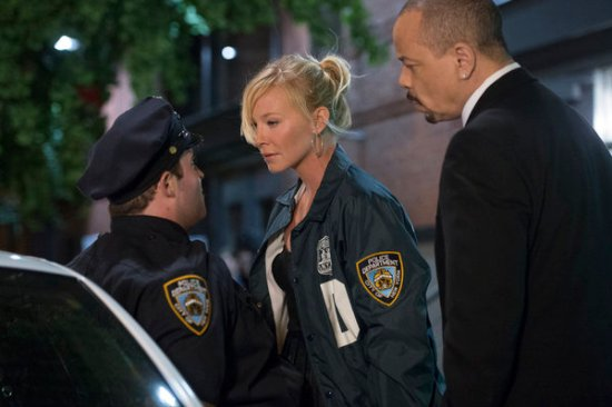Law & Order: SVU Season 15 Episode 4 Internal Affairs (1)