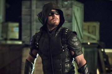 """Arrow -- """"Lost Souls"""" -- Image AR406A_0058b.jpg -- Pictured: Stephen Amell as The Arrow -- Photo: Cate Cameron/ The CW -- © 2015 The CW Network, LLC. All Rights Reserved."""