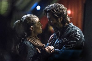 "The 100 -- ""Stealing Fire"" -- Image HU309a_0127 -- Pictured (L-R): Paige Turco as Abby and Henry Ian Cusick as Kane -- Credit: Cate Cameron/The CW -- © 2016 The CW Network, LLC. All Rights Reserved"