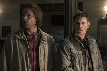"""Supernatural -- """" All In The Family"""" -- Image SN1121a_0054.jpg -- Pictured (L-R): Jared Padalecki as Samand Jensen Ackles as Dean-- Photo: Katie Yu/The CW -- © 2016 The CW Network, LLC. All Rights Reserved"""