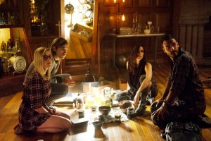 """THE MAGICIANS -- """"Unauthorized Magic"""" Episode 101 -- Pictured: (l-r) Olivia Taylor Dudley as Alice, Jason Ralph as Quentin, Jade Tailor as Kady, Arjun Gupta as Penny -- (Photo by: Carole Segal/Syfy)"""