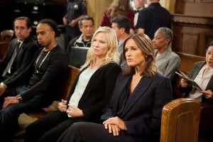 "LAW & ORDER: SPECIAL VICTIMS UNIT -- ""Institutional Fail"" Episode 17004 -- Pictured: (l-r) Kelli Giddish as Detective Amanda Rollins, Mariska Hargitay as Sergeant Olivia Benson  -- (Photo by: Tom Zubak/NBC)"