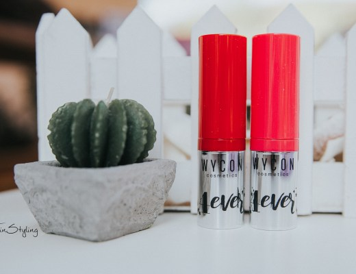 4 Ever Lipstick - Wycon. forever fucsia forever red