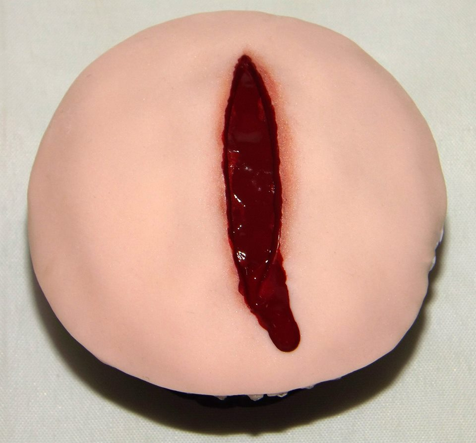 Bloody Gash Cupcakes