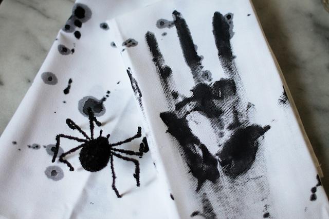 Blood Splatter napkins diy 3 blog