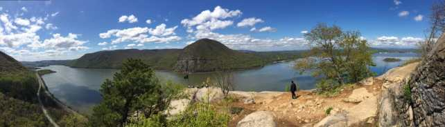 One of the many scenic views from Breakneck Risge that make it worth all the effort.