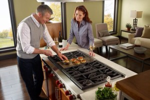 Wolf 48″ Rangetop  is configurable 5 ways