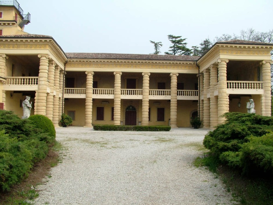 villa_sarego_santa_sofia_facciata