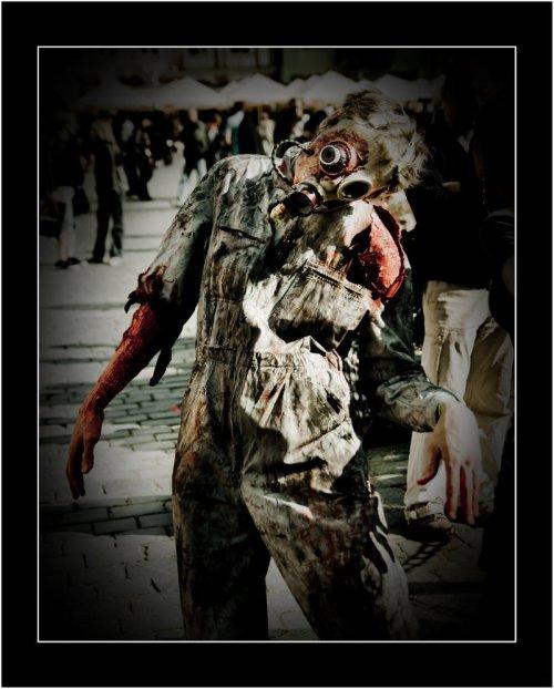 Zombie-Photo-10