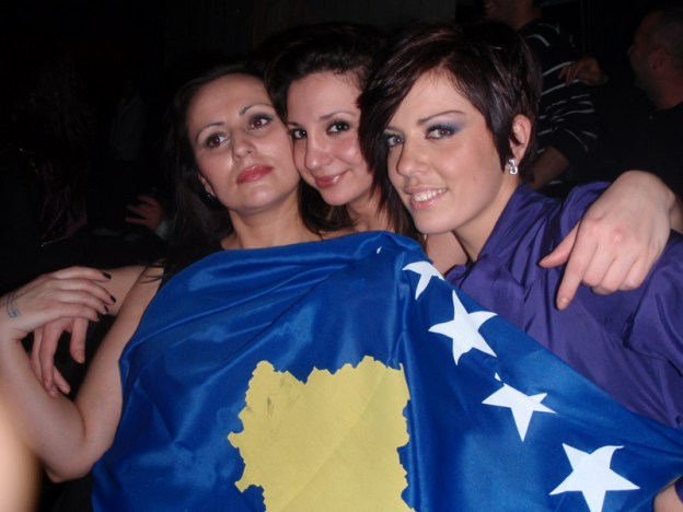 Albanian girls with Kosovo flag, first anniversary of Kosovo Independence 2009