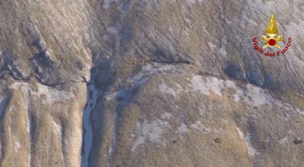 Terremoto, la scossa a Roma filmata dalla telecamera sorveglianza in una casa