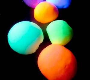 glow-in-the-dark-balls