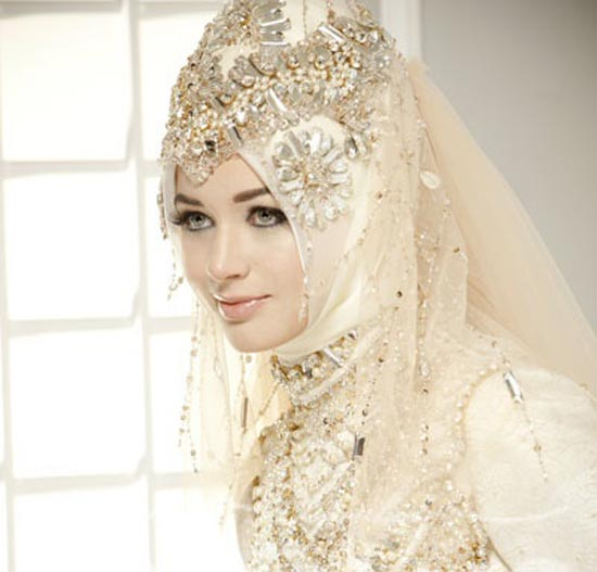 Colored wedding dresses for Muslim wedding dress photo