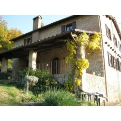Small Crop Of Farm House For Sale