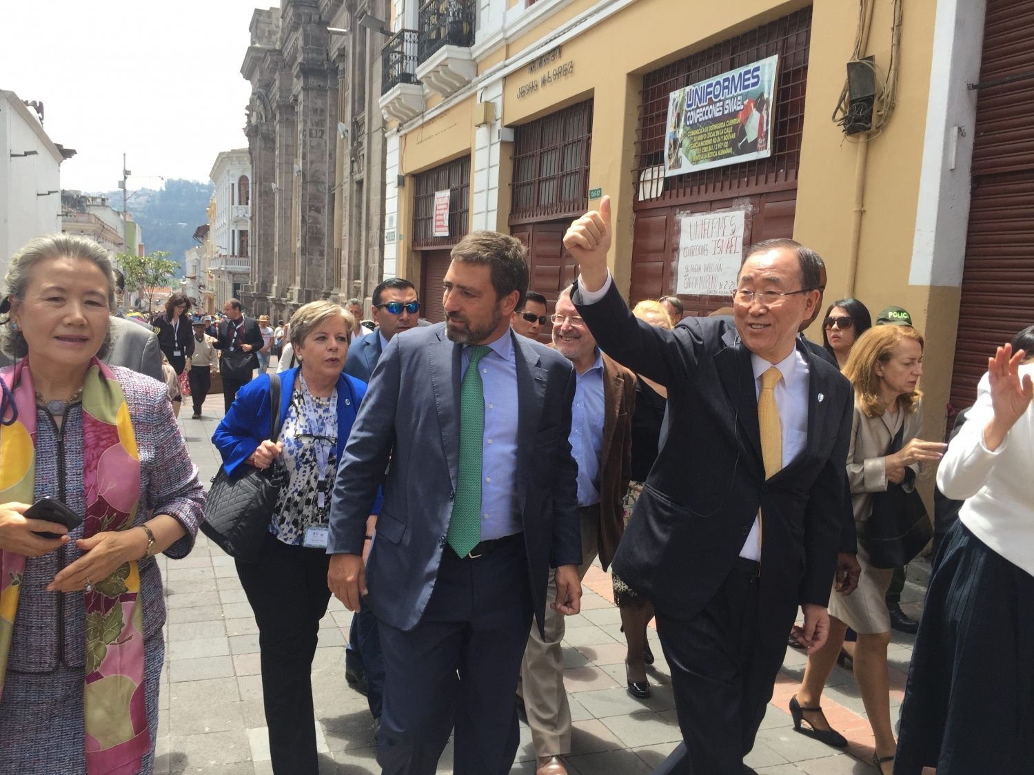 Photo: Secretary-General Ban Ki-moon waves to Ecuadorians as he walks through old Quito.