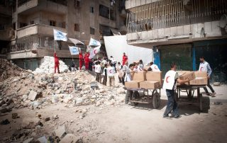 UN refugee agency and its partners deliver aid to hard-to-reach neighbourhoods in Eastern Aleppo, Syria. Photo: UNHCR