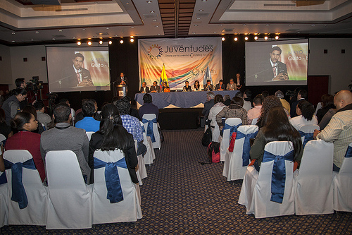 The well attended forum in Quito.