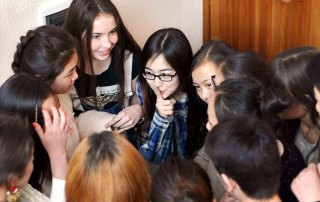 Kyrgyzstan_Youth_Peacebuilding_August2017_Kyrgyz-YPS-peer-educators_1_675x450