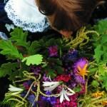 Carnia_bimba con fiori - Una casa in campagna Alessandra Colaci