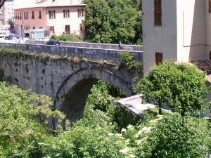 Römerbrücke in Ascoli