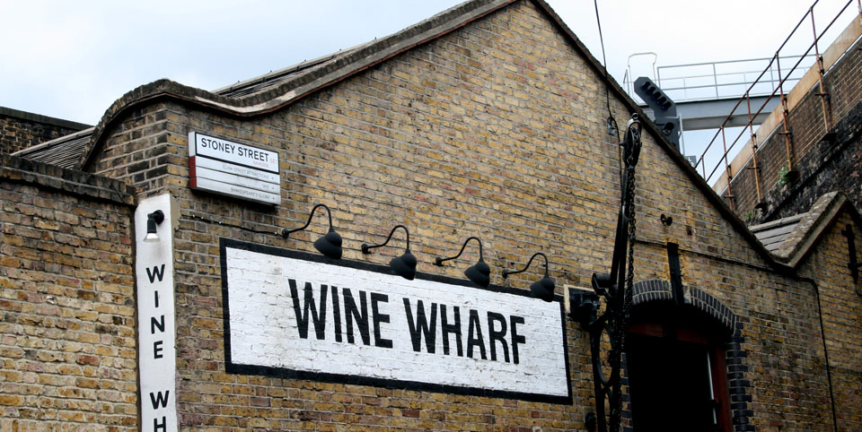 Borough Market en Londres Wine Wharf