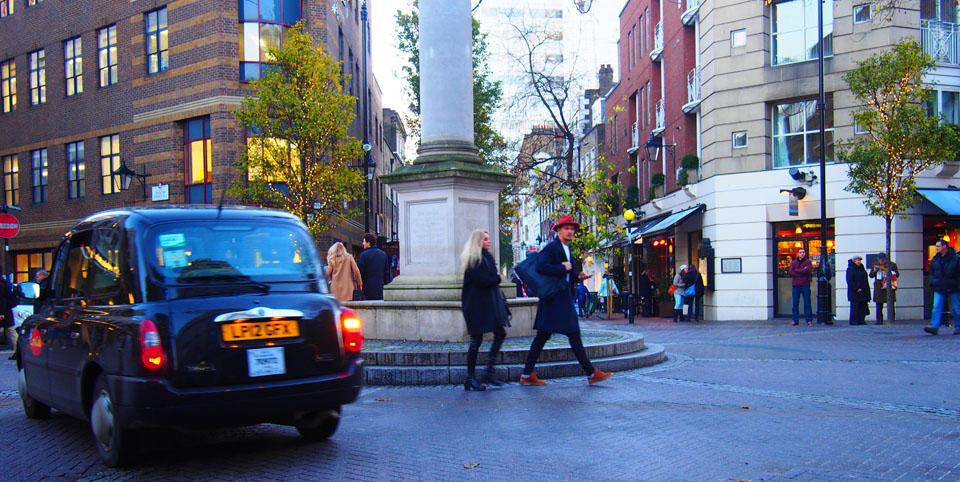 Tiendas en Seven Dials taxi