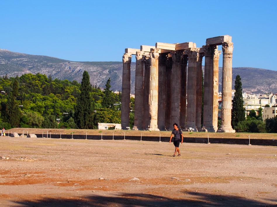 Paseo por el centro de Atenas Zeus Olímpico