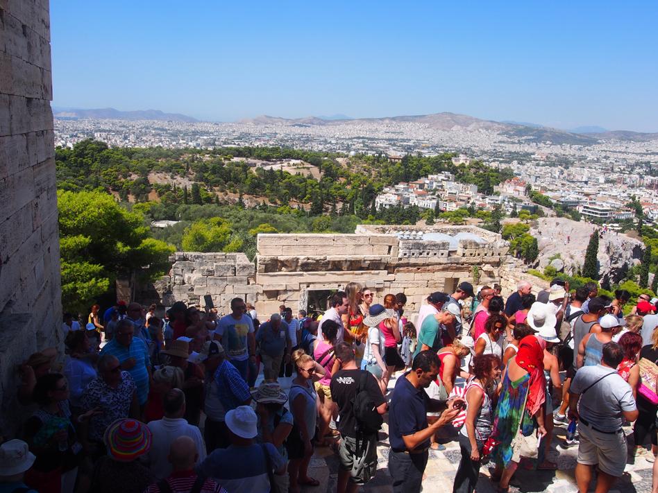 Acrópolis y ágora antigua turistas