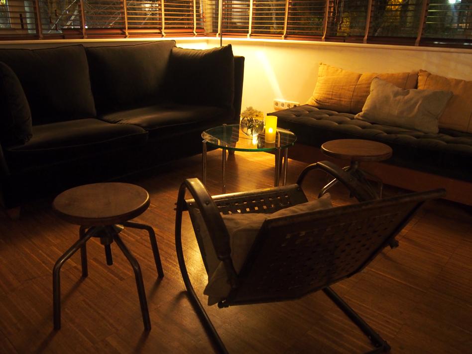 beef place restaurante con jardín en Madrid sillones