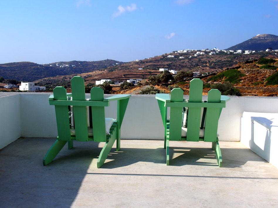 Hotel Kamarotí en Sifnos terraza