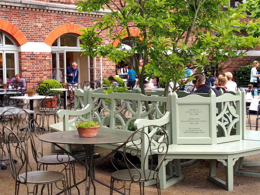 Terraza del café de Kensington Palace.