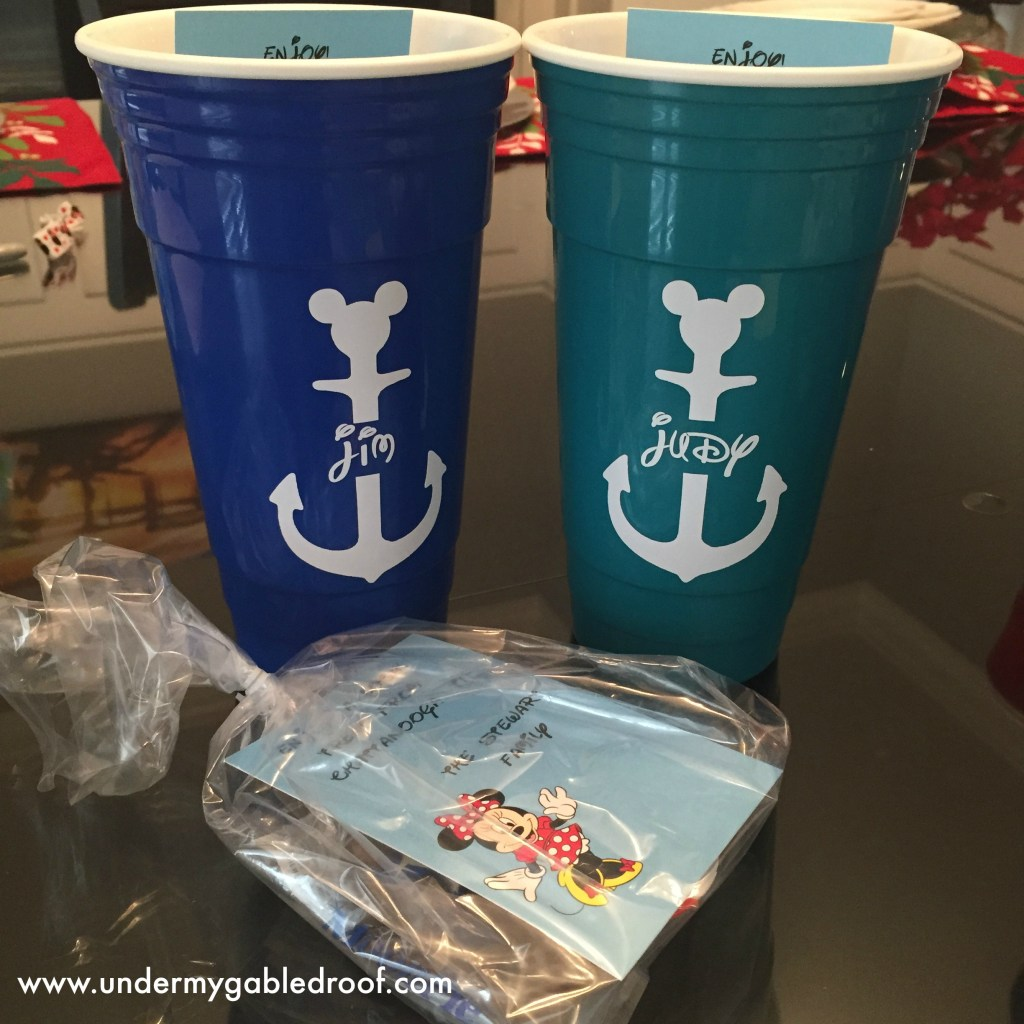 Disney cruise fish extender gifts and door magnets under for Disney fish extender gifts