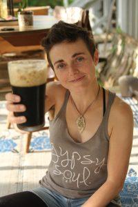 liz beer toast1
