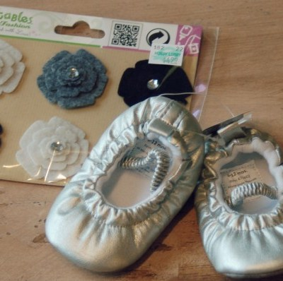 cute baby shoe craft