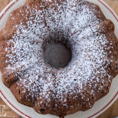 YUMMY Chocolate Chip Bundt Cake