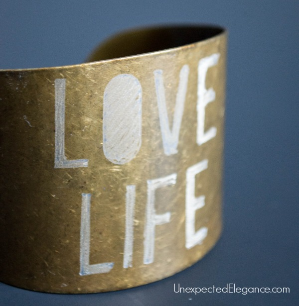 10 Minute DIY Metal Bracelet. Great for a personalized gift.-1-4