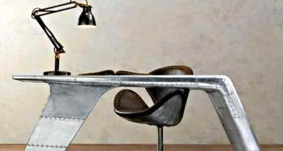 aviator-desk