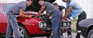 What Women Really Think of Men – The Benefits of Car Maintenance