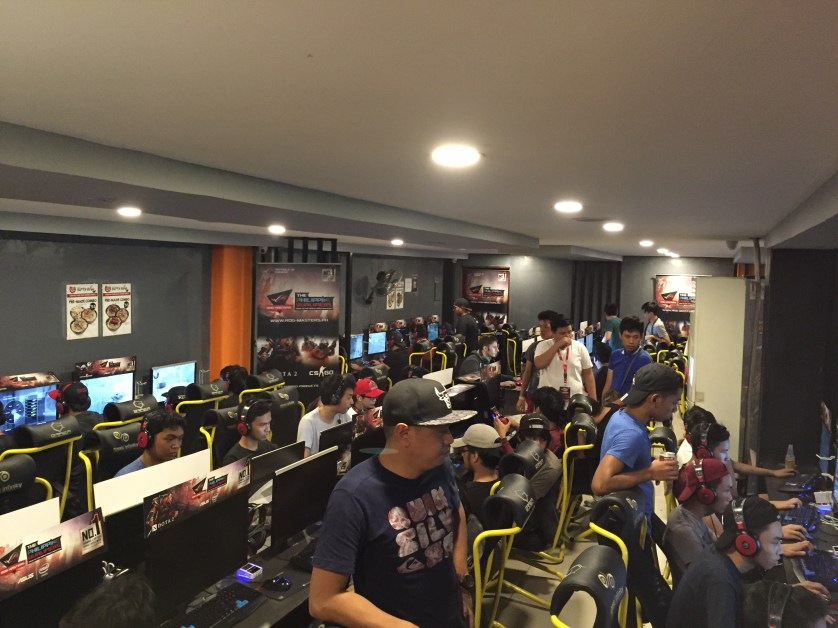 The venue is packed with aspiring teams and an avid audience!