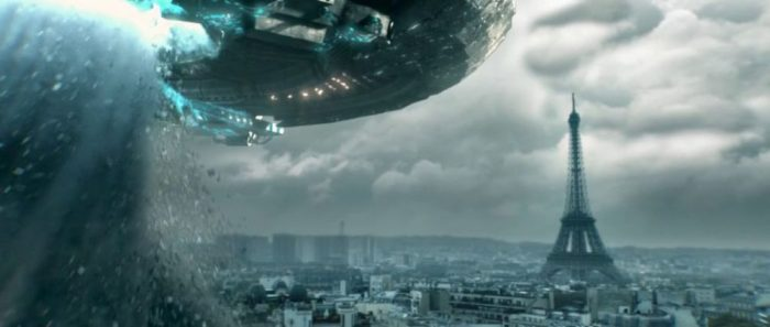 Sci-fi World – Parigi risucchiata da una enorma nave aliena nello short film Invasion Day