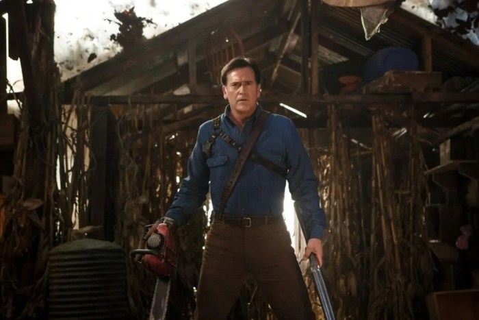 Dopo gli ottimi ascolti della premiere della seconda stagione, Starz rinnova ancora Ash vs Evil Dead per una terza