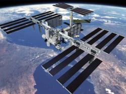 Artists impression of the completed ISS - Kibo can be clearly seen (NASA)
