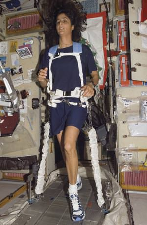 Astronaut Suni Williams on the ISS treadmill. Credit: NASA