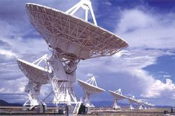 Radio Telescopes.  Credit: University of Washington