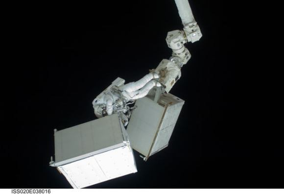 Heavy lifting in space.  Credit: NASA