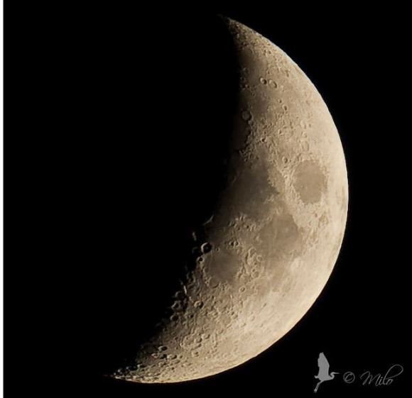 This photo of the Moon was taken on October 2, 2011 in Angera, Lombardy, IT. Credit: Milo. Click image to see on Flickr.