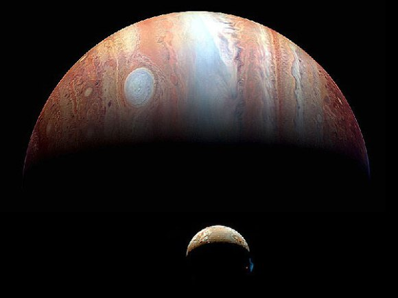 Io and Jupiter as seen by New Horizons during its 2008 flyby. (Credit: NASA/Johns Hopkins University APL/SWRI).