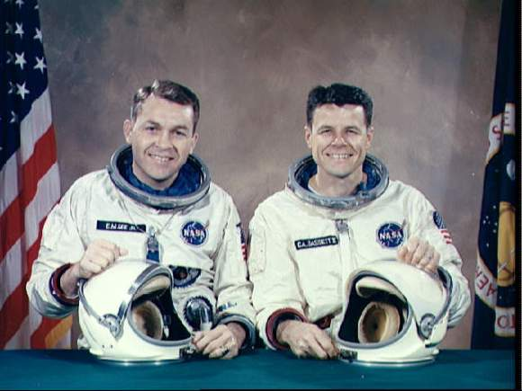 Elliott See (left) and Charlie Bassett, who were slated to fly aboard the Gemini 9 mission. Credit: NASA